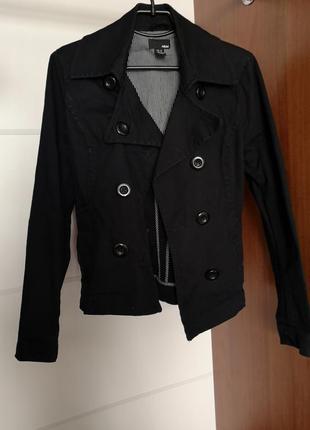 Пиджак пальто на пуговицах