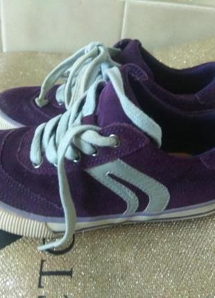 Замшевые кроссовки 30 размер