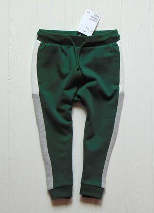 H&m. размер 12-18 месяцев. новые спортивные штаны для мальчика