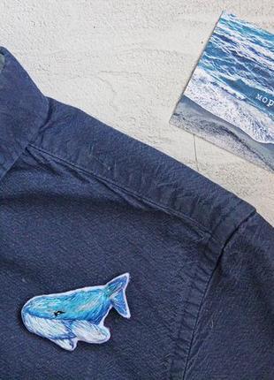 Брошь ручной работы кит вышивка гладью