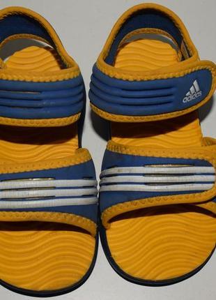 Босоножки 24р adidas
