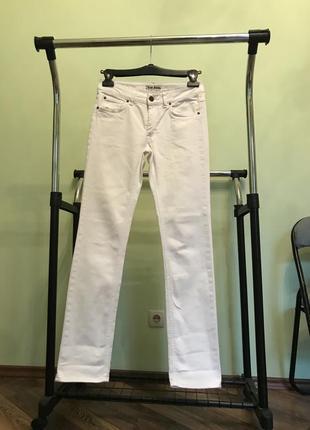 Acne jeans джинсы белые