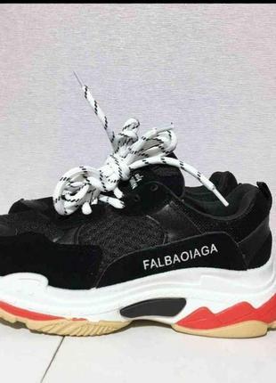 Черные кроссовки на платформе на толстой подошве5 фото