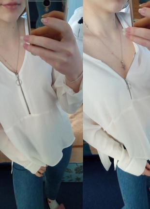 Фірмова, класична блуза з бантом та трендовим замком, відкрите декольте / обмін чи продаж