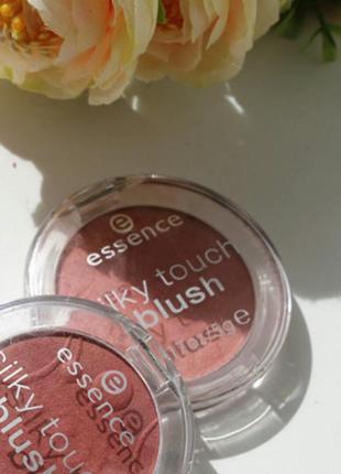 Шелковые румяна essence silky touch blush 70 kissable