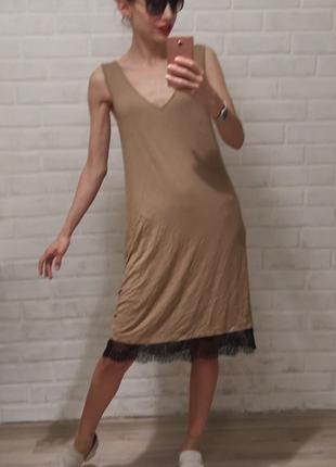 Брендовое платье в бельевом стиле