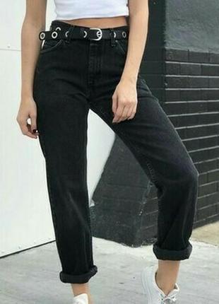 Модные джинсы момы от wrangler. размер w 26 l 32, идет на с.