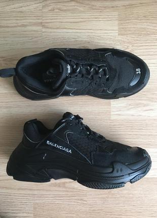 Крутые кроссовки, 38 размер, кроссовки на объемной подошве