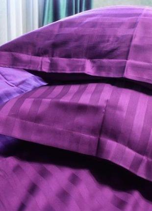 Стильный комплект постельного белья изготовлен из натурального страйп-сатина № 10-105