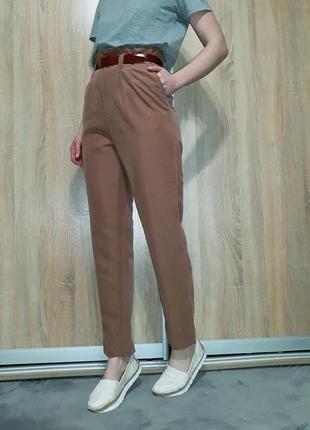 Летние легкие карамельные брюки-слаксы на высокой посадке от h&m