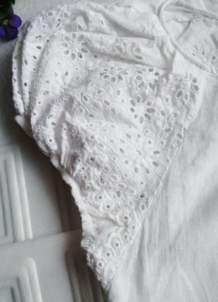 Легкая нарядная батистовая блуза футболка с перфорацией melio2 фото