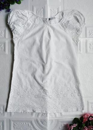 Легкая нарядная батистовая блуза футболка с перфорацией melio