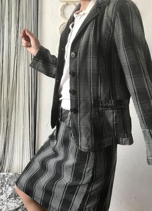 Костюм в клетку двойка: жакет и юбка! пиджак, спідниця