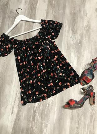 Велюровая блуза в цветочный принт