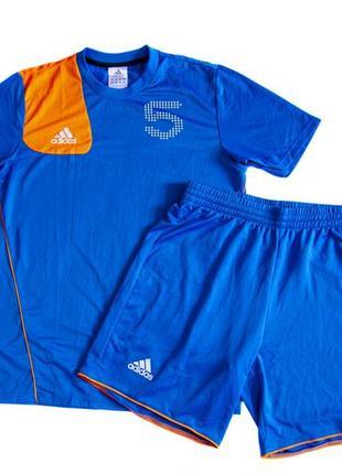 Комплект для тренировок adidas. размер м