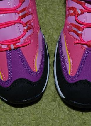 Кроссовки на девочку бренда clibee( румыния)/ размер 35/4 фото
