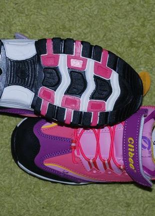 Кроссовки на девочку бренда clibee( румыния)/ размер 35/5 фото