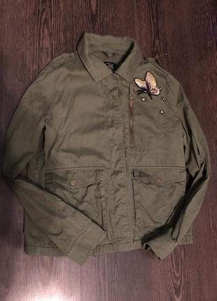 Куртка пиджак цвета хаки