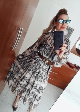 Летящее модное платье италия 2019