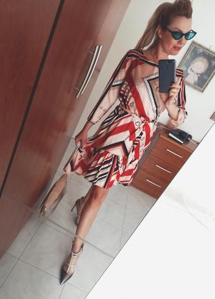 Стильное платье италия 2019