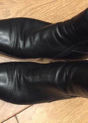 Фирменные зимние кожаные ботинки размер 39 италия