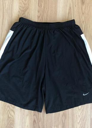Мужские шорты для занятия спортом nike