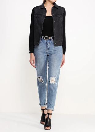 Черная джинсовая курточка