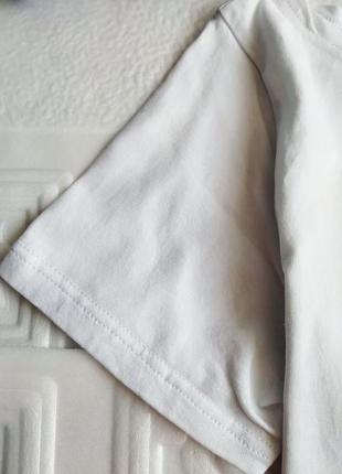 Короткая футболка с принтом3 фото