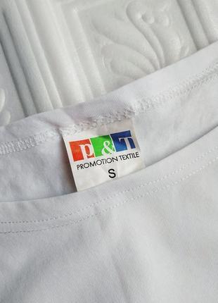 Короткая футболка с принтом6 фото