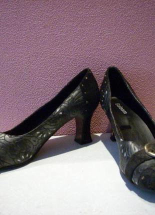 Туфли женские 37 размер.