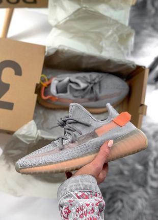 Шикарные кроссовки adidas yeezy boost 350 orange
