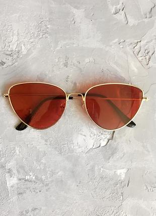 Солнцезащитные очки лисички с красными линзами2 фото