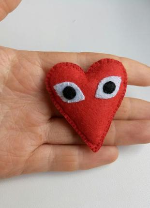 Брошь сердце, брошь сердце с глазками, брошка серце!
