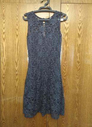 Платье кружевное нарядное графит