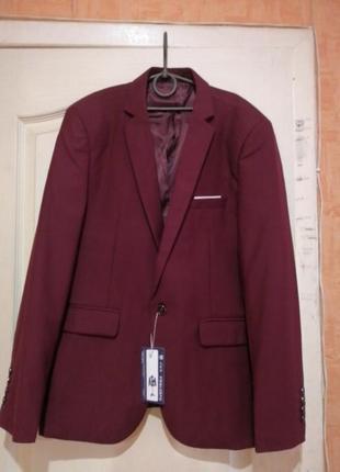 Новый классический красный пиджак