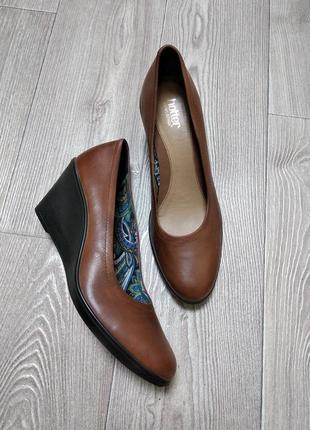Туфли кожаные натуральная кожа балетки на танкетке из кожи