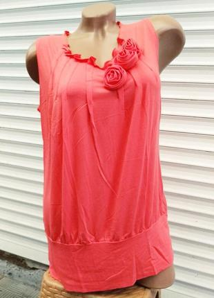 Шикарная блузка безрукавка розы