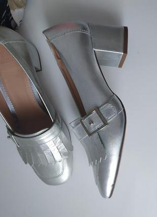 Серебряные туфли manfield трендовый каблук