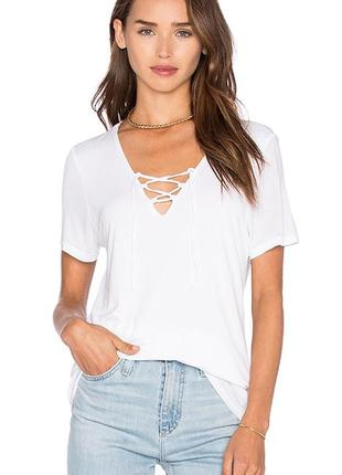Белая футболка, шнуровка, переплет, new look