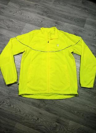 Яркая кислотная куртка ветровка  для бега karrimor