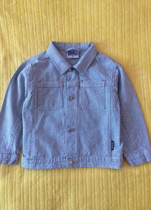 Стильная джинсовая куртка topolino 104 см.
