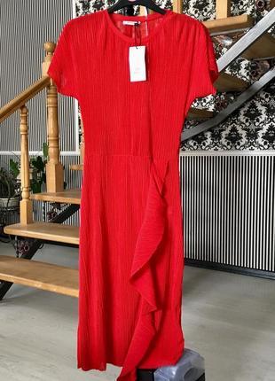 Стильне плаття відомого бренду zara