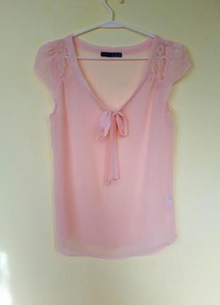 Напівпрозора блуза нюдового кольру