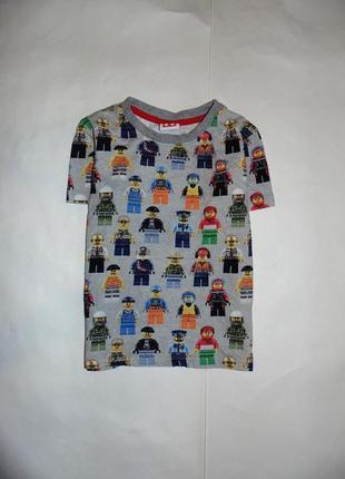 Красивая футболка с лего-человечками