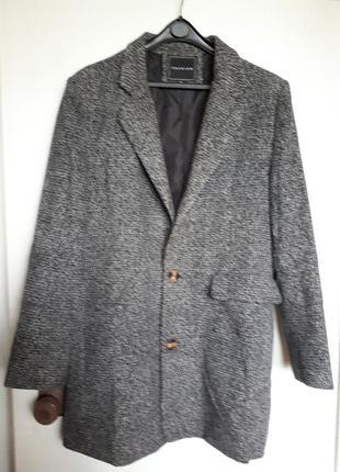 Пальто осенне-весеннее (50-52 размер)