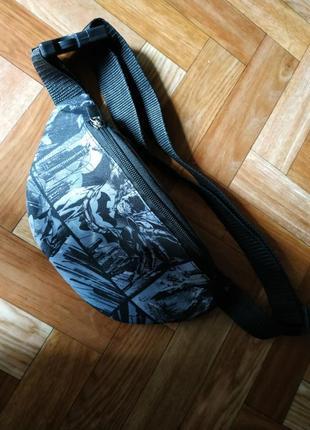 Молодежная сумка бананка с принтом комыксы бэтмен1 фото