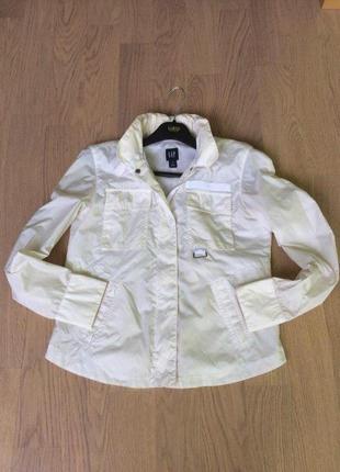 Ветровка курточка дождевик со скрытым капюшоном от gap  р-р  xs - s