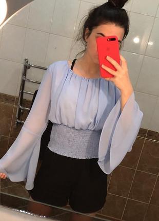 Голубая блузка блуза с воланами летняя нарядная