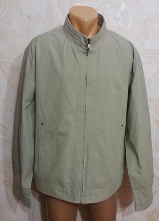 Куртка-ветровка песочного цвета 50 размера
