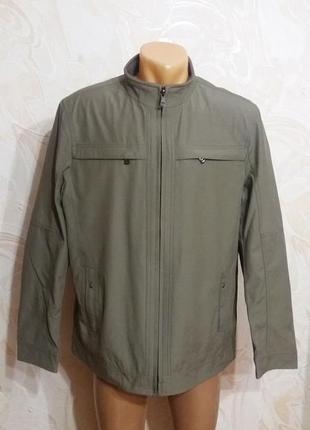 Куртка-ветровка серого цвета размер 48
